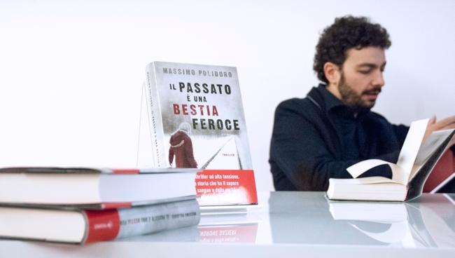"""""""Il passato è una bestia feroce"""" - Massimo Polidoro (Foto: Roberta Baria, 2015)"""