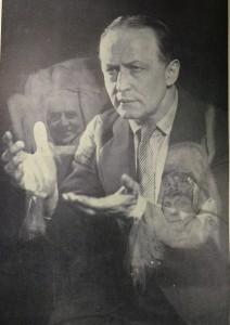 Houdini dimostra come è facile ottenere false fotografie spiritiche.