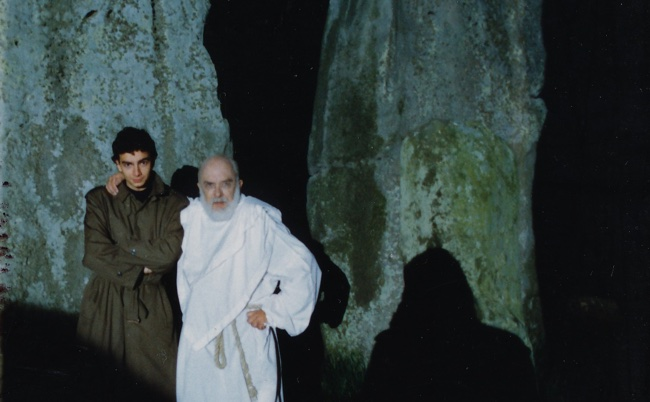 Massimo Polidoro e James Randi a Stonehenge