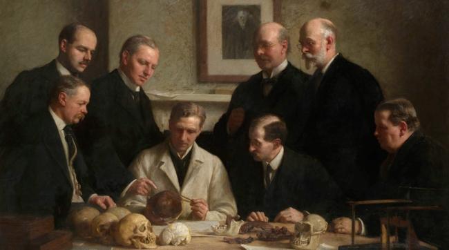 Il teschio di Piltdown preso sul serio (Dawson è il secondo in piedi da destra).