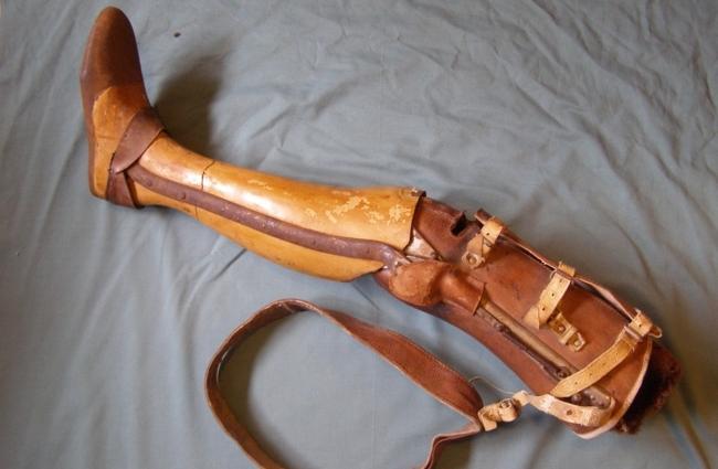 La gamba di legno dello sconosciuto.