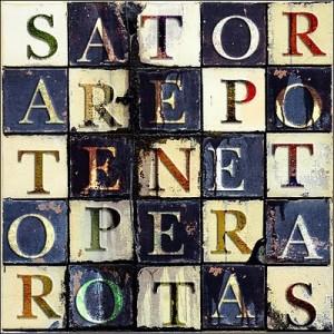 """Una variante a """"scacchi"""" del Sator."""