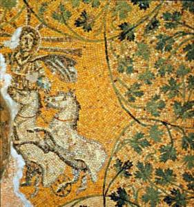 Anche nella necropoli pagana che si trova sotto la basilica di San Pietro è stato ritrovato in una tomba questo bellissimo mosaico che raffigura Cristo rappresentato come il Sol Invictus.